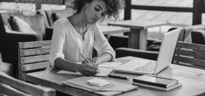 Header-Woman-Writing